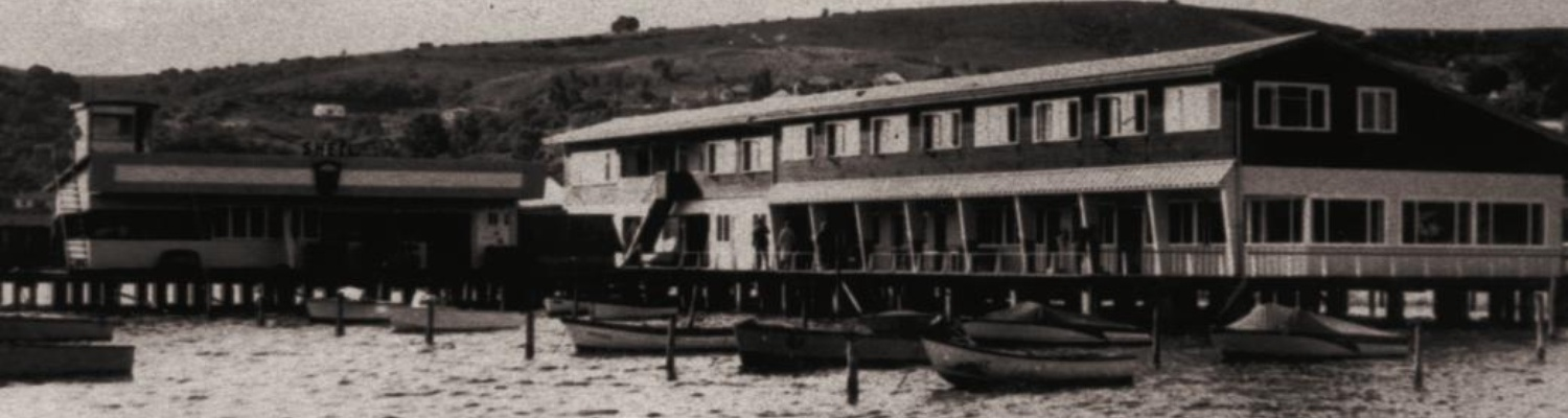 Henties Botel, Knysna. Built by Hentie van Rooyen in 1958, and sold in 1964. Burned to the scuppers by its last owner, Jacobus van As, 1972